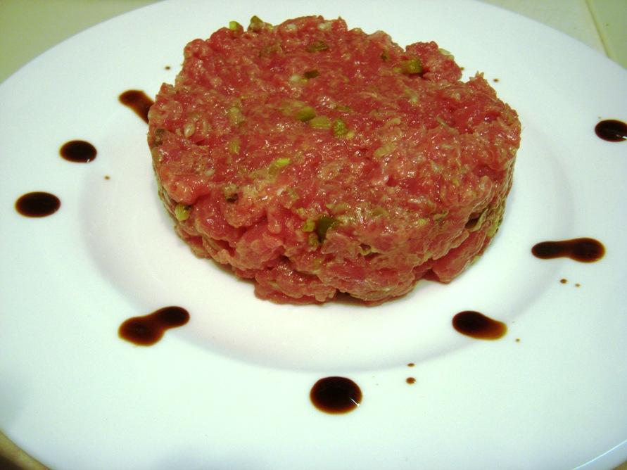 Manzo alla tartara – beef tartare