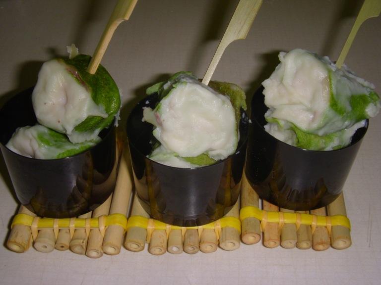 Rondelle di crêpes verdi farcite con feta e prosciutto