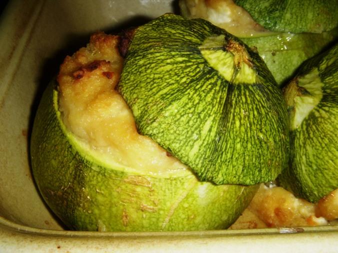 Zucchine tonde ripiene alla greca