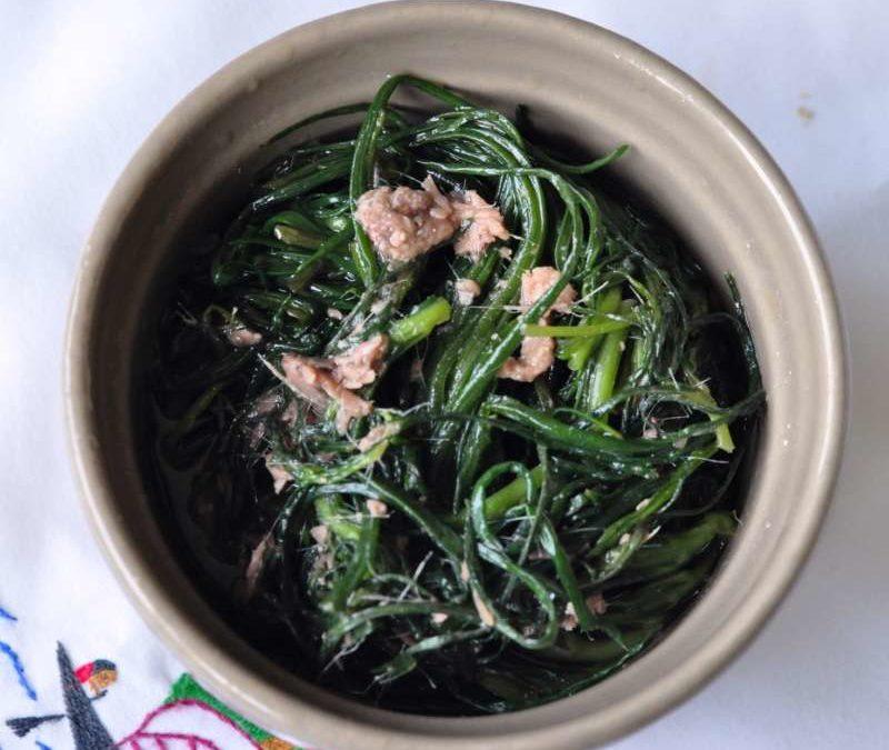 Agretti aglio, olio e acciughe
