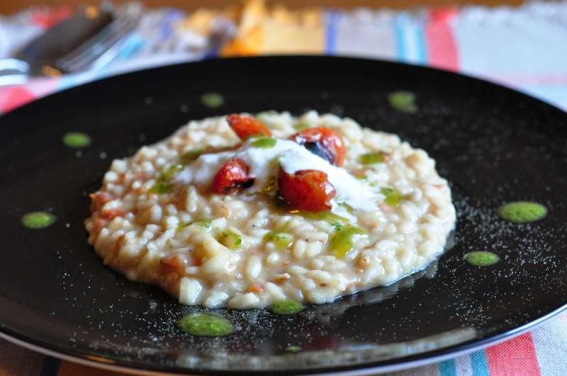 Riso con melanzane, pomodori Dunnè e mozzarella di bufala Zizzona