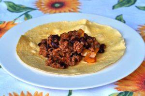 Chili con carne nella tortilla