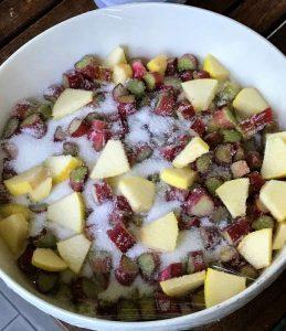 Confettura rabarbaro e mele - preparazione
