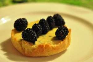 Crostata con crema di ricotta alla maracuja o passion fruit