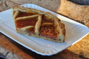 Crostata integrale con confettura di albicocche