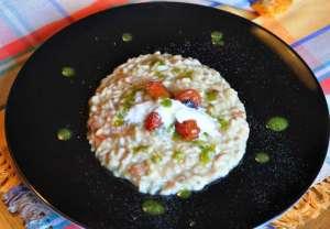 Carnaroli originale Riserva San Massimo, crema di melanzane, pomodorini arrostiti e Zizzona di Battipaglia