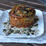 Egg muffin con carciofi