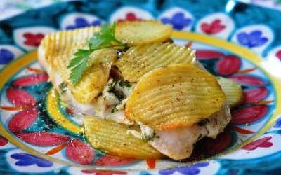 Filetto di rombolino alle erbe aromatiche in crosta di patate