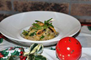 Gnocchi di patate con frutti di mare e asparagi di mare