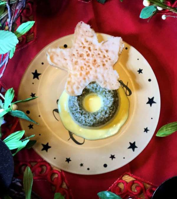 Grana Padano in tre consistenze: pannacotta con pasta di pistacchi, fonduta con zafferano e cialdina