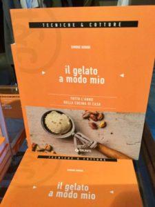 Il libro di Simone Bonini, Il Gelato a Modo Mio