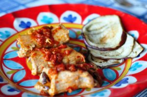 Involtini di lonza di maiale e melanzane con crema di pomodori secchi