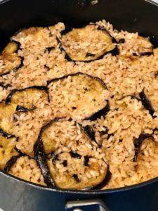 Maklouba, piatto palestinese delle feste, cottura