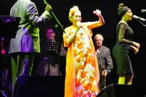 La Diva, Omara Portuondo, quasi 85 anni di entusiasmo e professionalità!