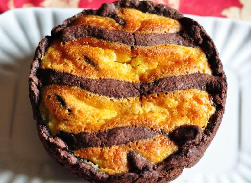 Pastiera al cacao con gocce di cioccolato