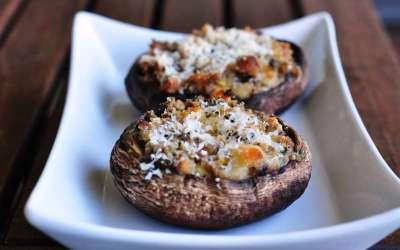 Funghi Portobello ripieni con provola affumicata