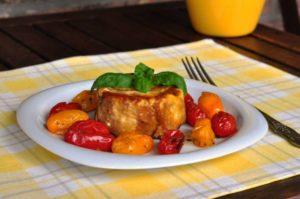Sformatino di melanzane rosse di Rotonda con pomodorini arrostiti