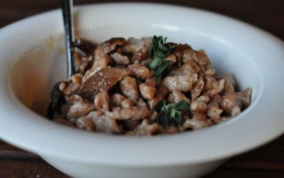 Spätzle alle castagne con salsa ai funghi