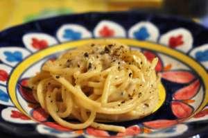 Spaghettoni cacio e pepe