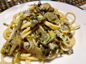 Spaghettoni con carciofi e lupini alla maggiorana