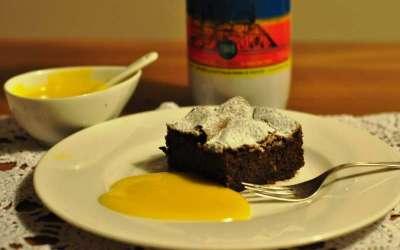 Torta di nocciole delle Langhe e cioccolato con zabajone al Vov