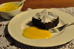 Torta di nocciole delle Langhe e cioccolato con zabajone al Vov2