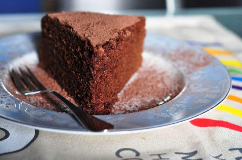 Torta morbida al cioccolato e farina di marroni