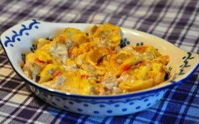Pasticcio di tortellini con pollo e verdure