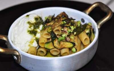 Ziti di Gragnano con zucchine e Zizzona di Battipaglia