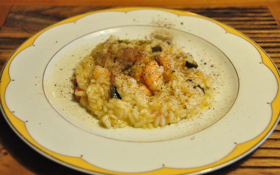 Riso Acquerello con mazzancolle, peperoni, olive e polvere di cappero