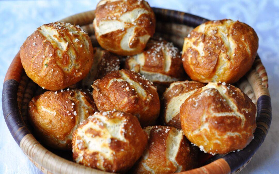 Panini Laugenbrot – da una ricetta di Paoletta del blog Anice e Cannella