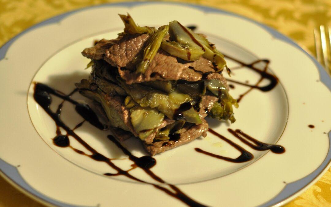 Millefoglie di Filetto Scottato con Carciofi Caramellati con ristretto di Aceto Balsamico – Chef Tano Simonato