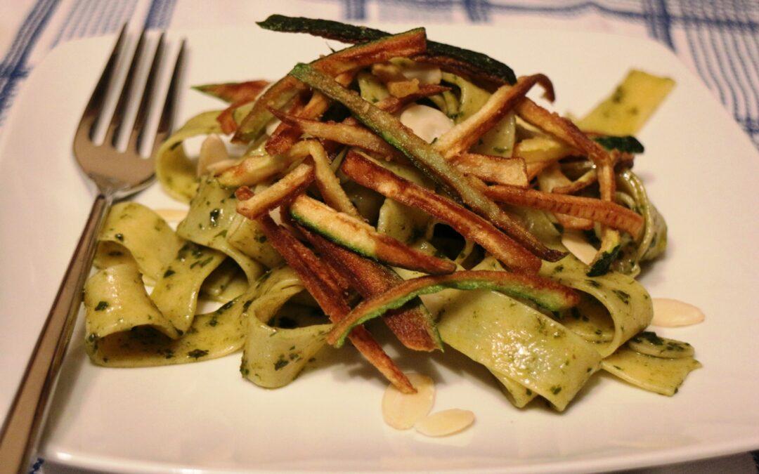 Pappardelle di Campofilone con pesto di mandorle e basilico