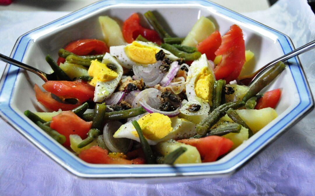 Insalata nizzarda (Salade niçoise)