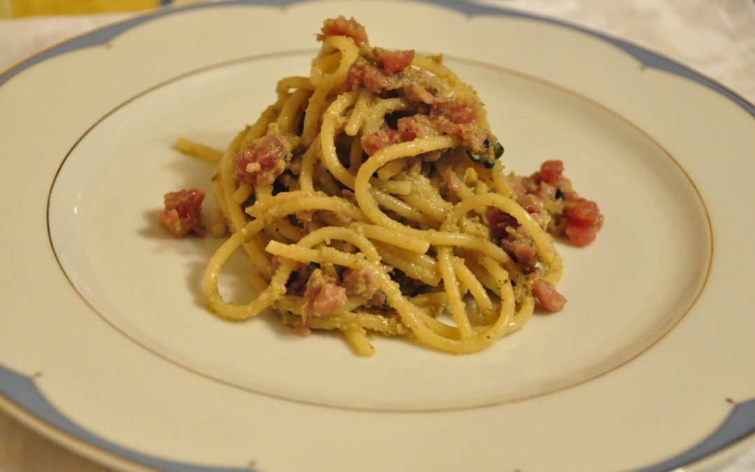 Spaghetti Mancini con pesto di carciofi e tonno marinato
