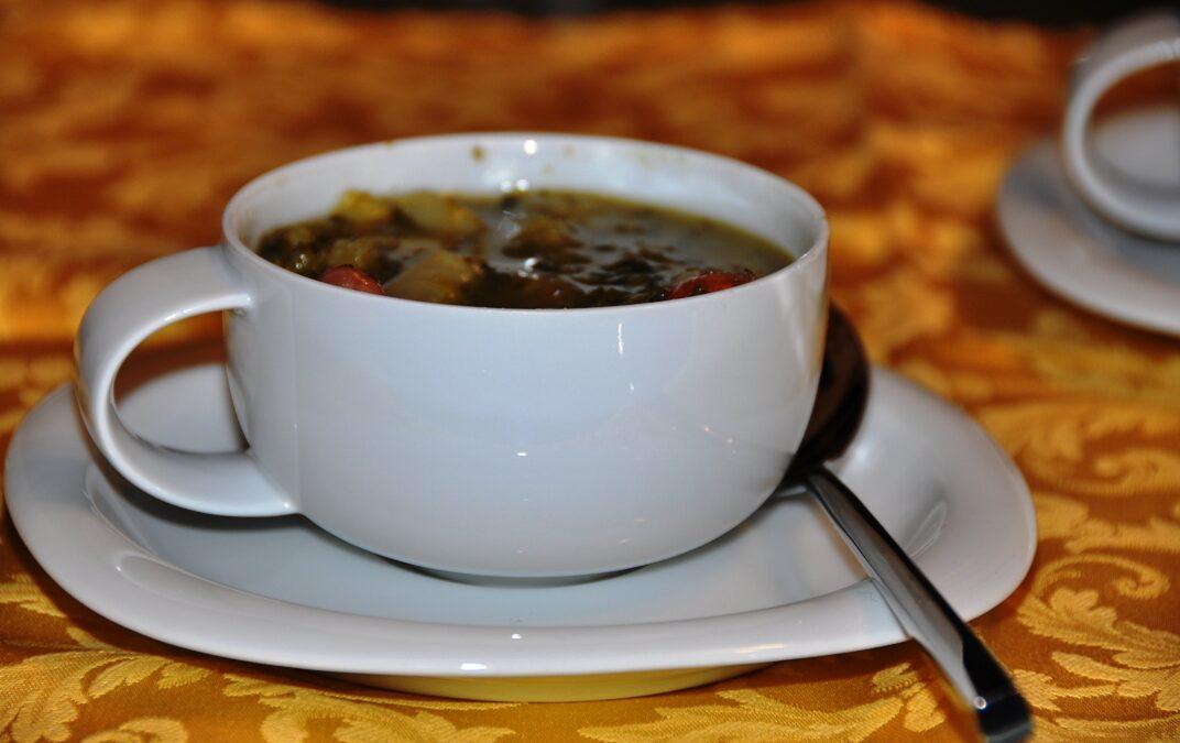 Zuppa di cavolo nero, patate e fagioli (ribollita a modo mio)