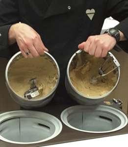 Le carapine con i gelati al caffè creati con i due diversi cru