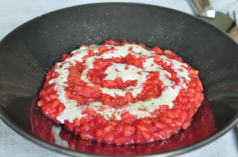 Riso Rosa Marchetti alla barbabietola con crema al gorgonzola