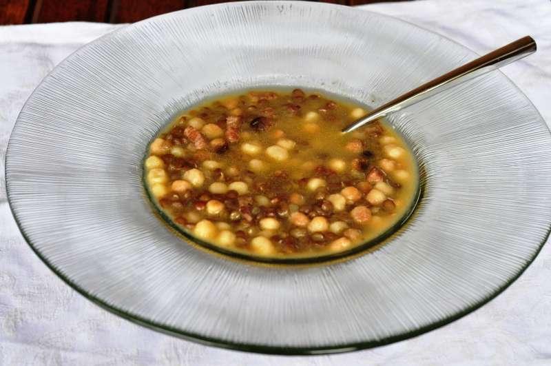 Minestra di lenticchie con fregola sarda